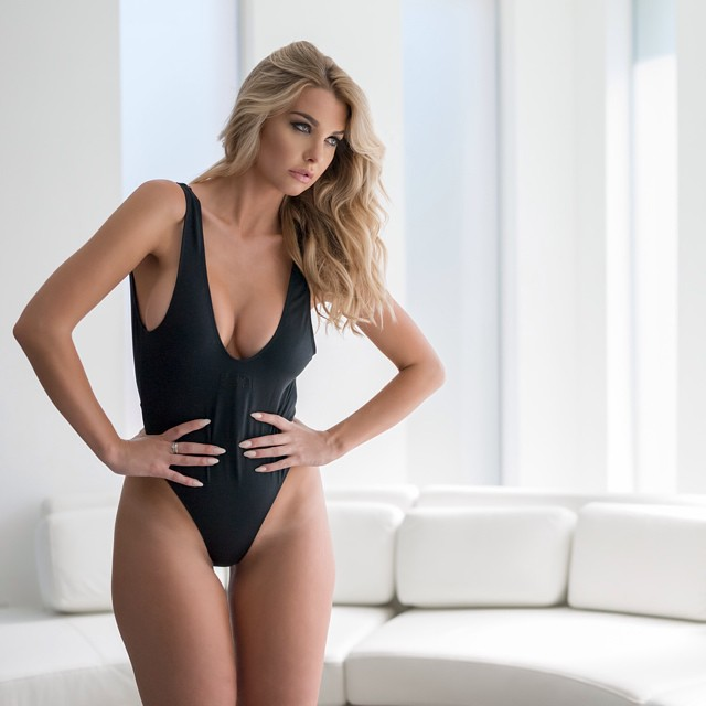 Emily Sears :: Instagram