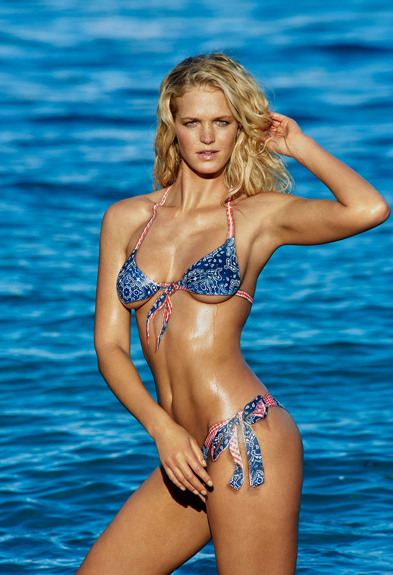 Erin Heatherton, SI Swimsuit 2015, St. John, US Virgin Islands. Bodypainting by Joanne Gair