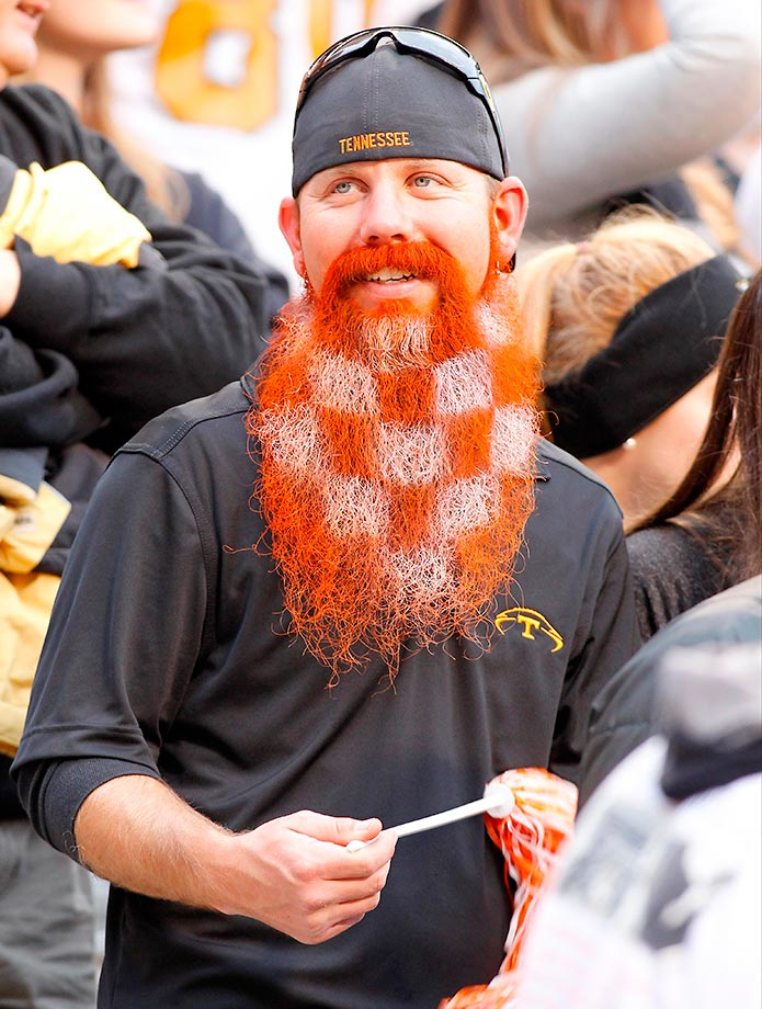 A Tennessee Volunteers fan shows his checkerboard beard.