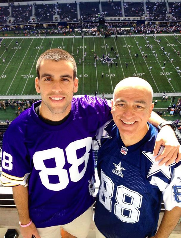 @SInow #KeepGoodGoing  the two of us at a Dallas Cowboys game