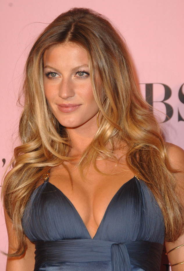 Gisele Bundchen :: Getty Images