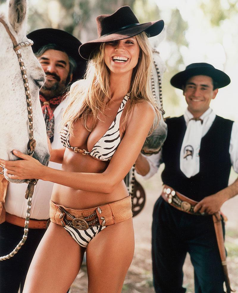 Argentina, SI Swimsuit 2002
