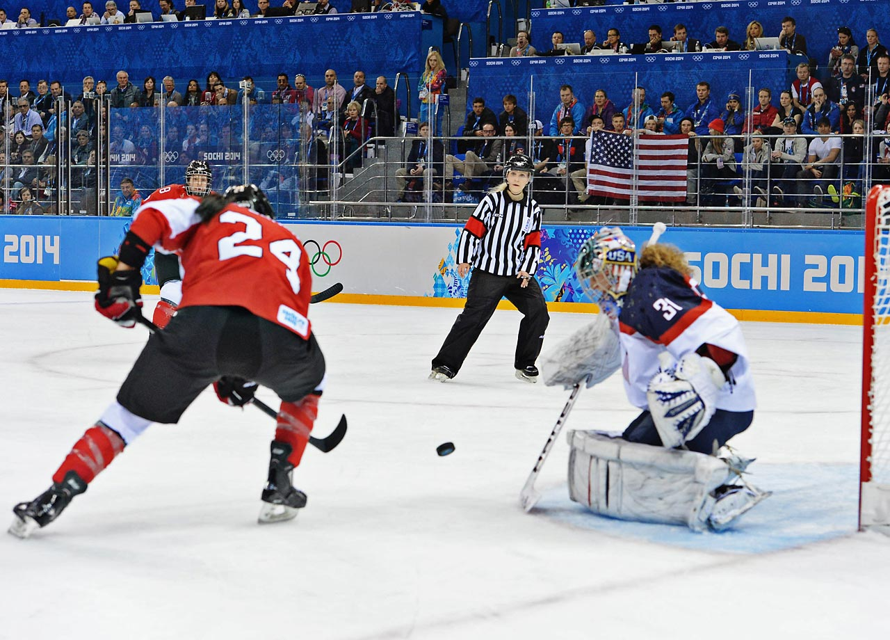 In a preview of the likely gold-medal match, Canada defeated the U.S. 3-1 on Wednesday.