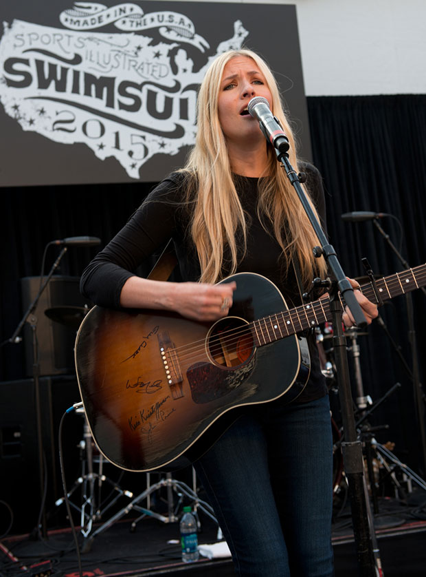 Holly Williams at SwimVille
