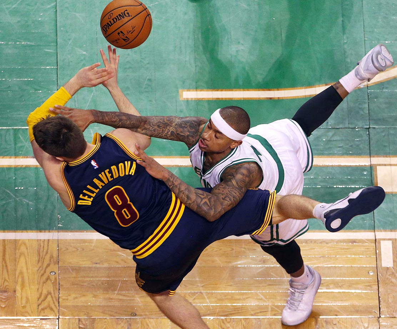 Celtics' Isaiah Thomas and Cavaliers' Matthew Dellavedova.