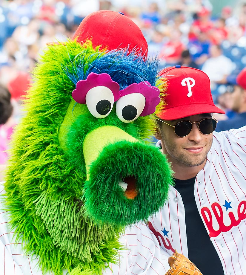 The Phillie Phanatic takes in a Marlins game with rapper/songwriter Jake Miller.