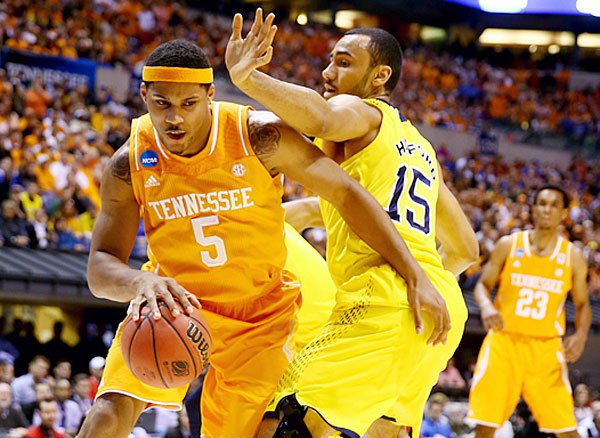 Jarnell Stokes averaged 15 points and 10.5 rebounds for the Vols last season.