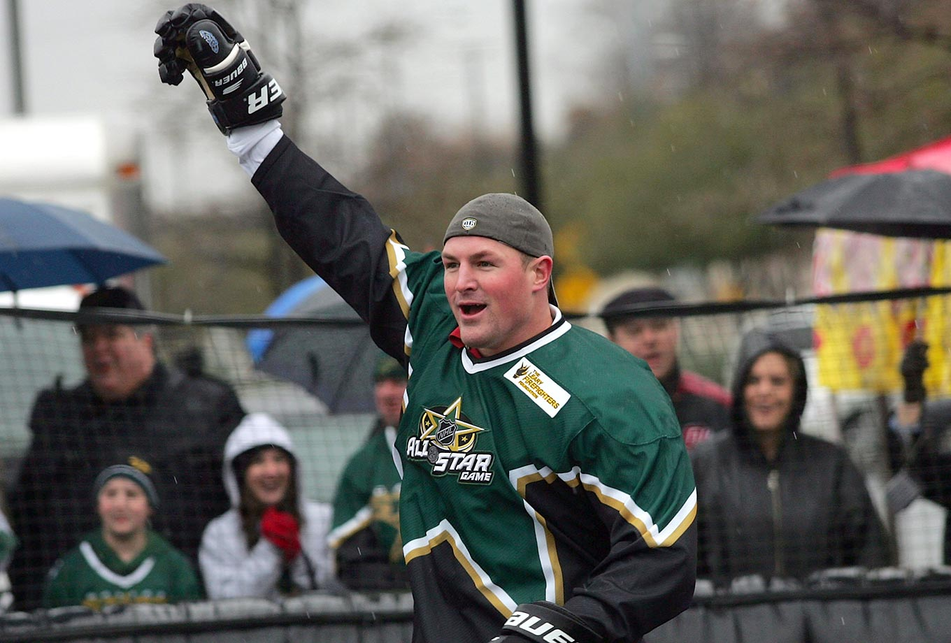 Witten in Dallas Stars garb.