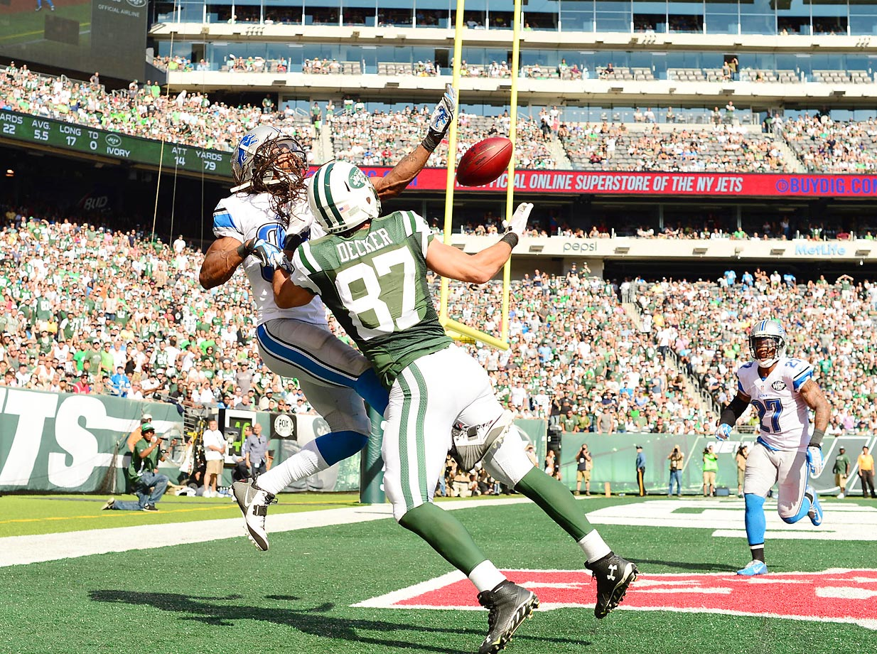 Lions cornerback Rashean Mathis tries to break up a pass intended for Jets wide receiver Eric Decker. The Lions came away with a 24-17 win.