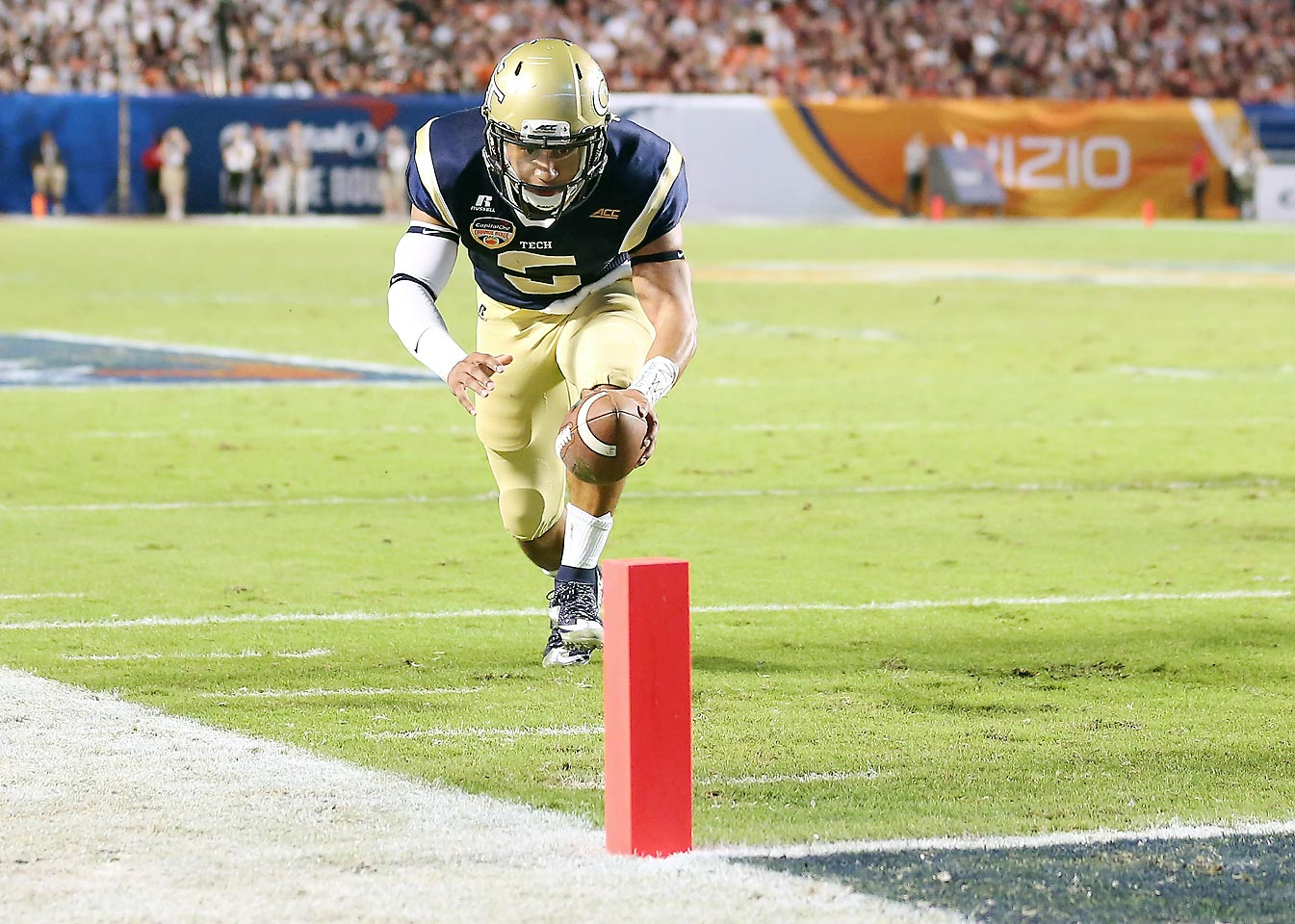 Thomas threw and ran for over 2,800 combined yards combined last season, guiding the Yellow Jackets all the way to the ACC title game and an Orange Bowl victory. With running backs Synjyn Days, Zach Laskey and Charles Perkins gone, Thomas will have to shoulder even more of the offense in 2015.