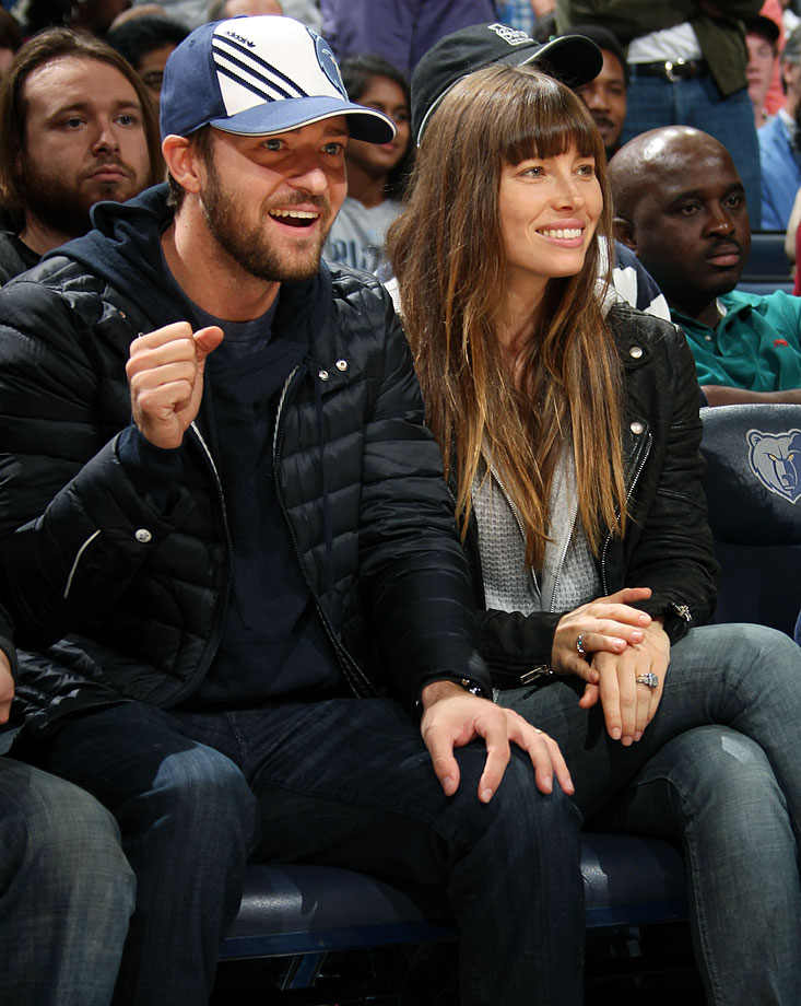Memphis Grizzlies minority owner Justin Timberlake made his season debut during the Grizzlies game against the Los Angeles Lakers at FedExForum in Memphis on Nov. 23, 2012. He joined the Grizzlies at their shootaround, then spent the first half of the game at mid-court with his wife, Jessica Biel. Wearing a blue and white Memphis hat, Timberlake stood up after the first quarter and danced along with the Grizzlies' Grannies and Grandpas, though he stayed at his seat. Timberlake and Biel moved up to one of the lower-level suites for the second half, but stuck around for the whole game.