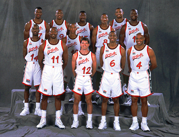 Dream Team III. Top row from left are: David Robinson, Mitch Richmond, Hakeem Olajuwon, Scottie Pippen, Grant Hill and Shaquille O'Neal. Bottom from left are Gary Payton, Karl Malone, Reggie Miller, John Stockton, Anfernee Hardaway and Charles Barkley. (AP Photo/Andrew D. Bernstein/USAB Photos)