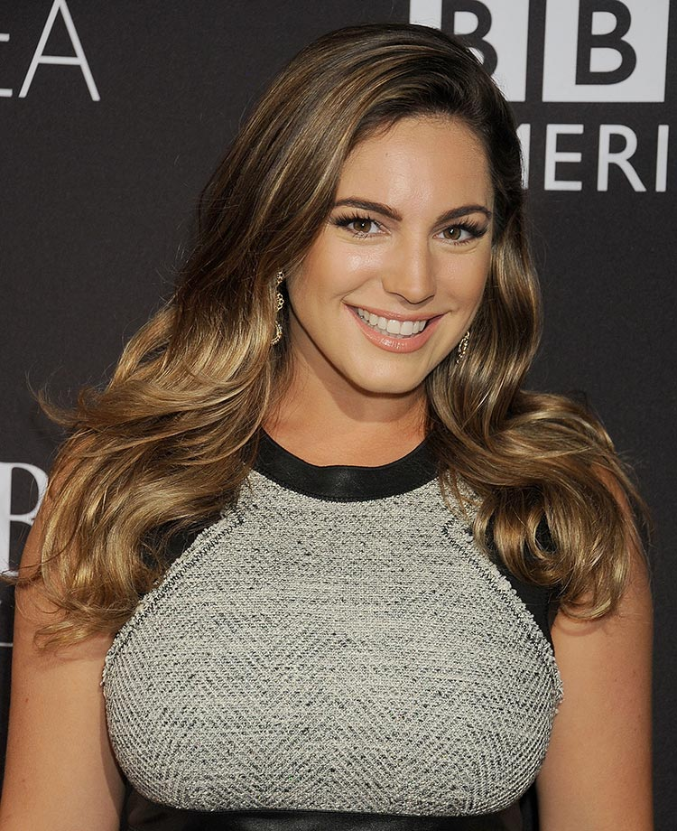 kelly brook lovely lady of the day sicom