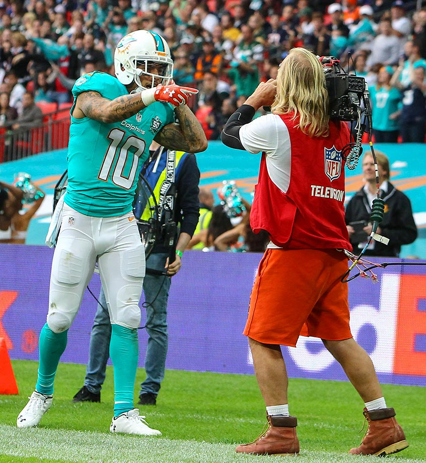 Kenny Stills of the Miami Dolphins celebrates a touchdown against the New York Jets.