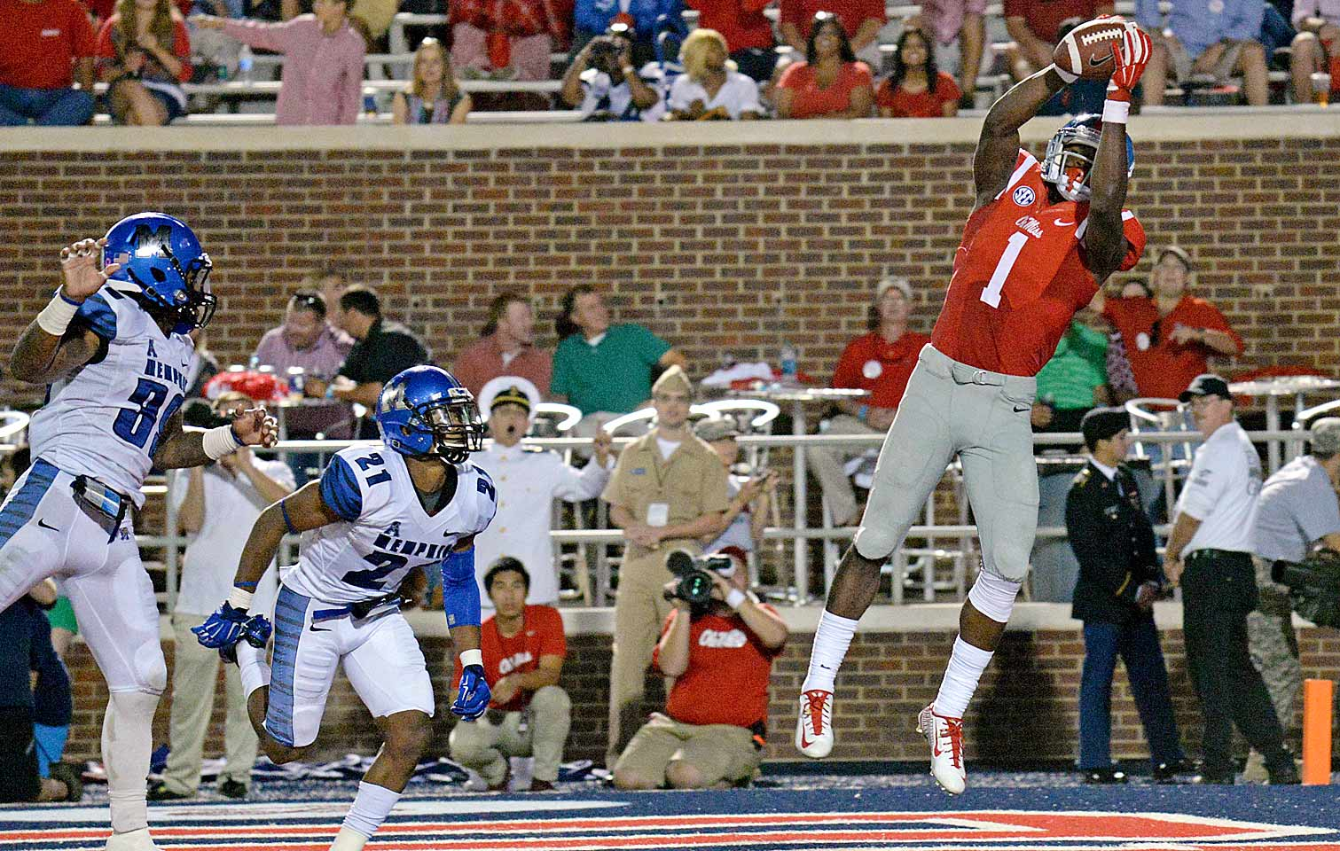 Treadwell's 2014 season ended tragically when he broke his leg against Auburn, but he proved himself to be one of the conference's top receivers during Ole Miss's 7-1 start. The rising junior racked up 632 yards on 48 catches and scored five touchdowns. He's expected to be ready for the start of the season.