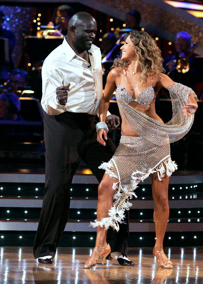 NFL Hall of Fame linebacker Lawrence Taylor finished in 7th place with dancing partner Edyta Sliwinska in Season 8.