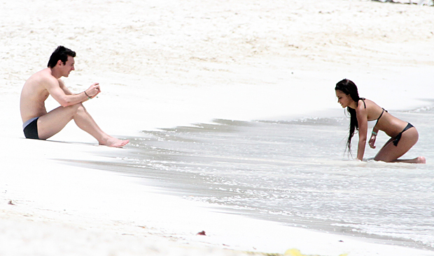 Messi works on his photography with girlfriend Antonella Rocuzzo. (Getty Images)