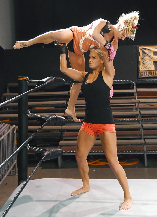 """Chelsea London (top) and Lauren (The Animal) Erickson train for the upcoming """"Lingerie Fighting Championships 20: A Midsummer Night's Dream"""" at the FSW Gym in Las Vegas. The live pay-per-view event is scheduled to feature eight bouts at the Hard Rock Hotel & Casino in Las Vegas on Aug. 8."""