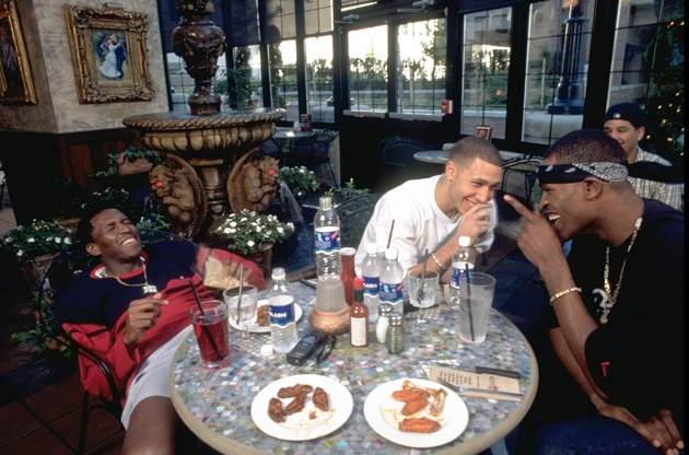 From left to right, the Vancouver Grizzlies' Felipe Lopez, Mike Bibby and Stephen Jackson having lunch at Cactus Club Cafe in 1999.
