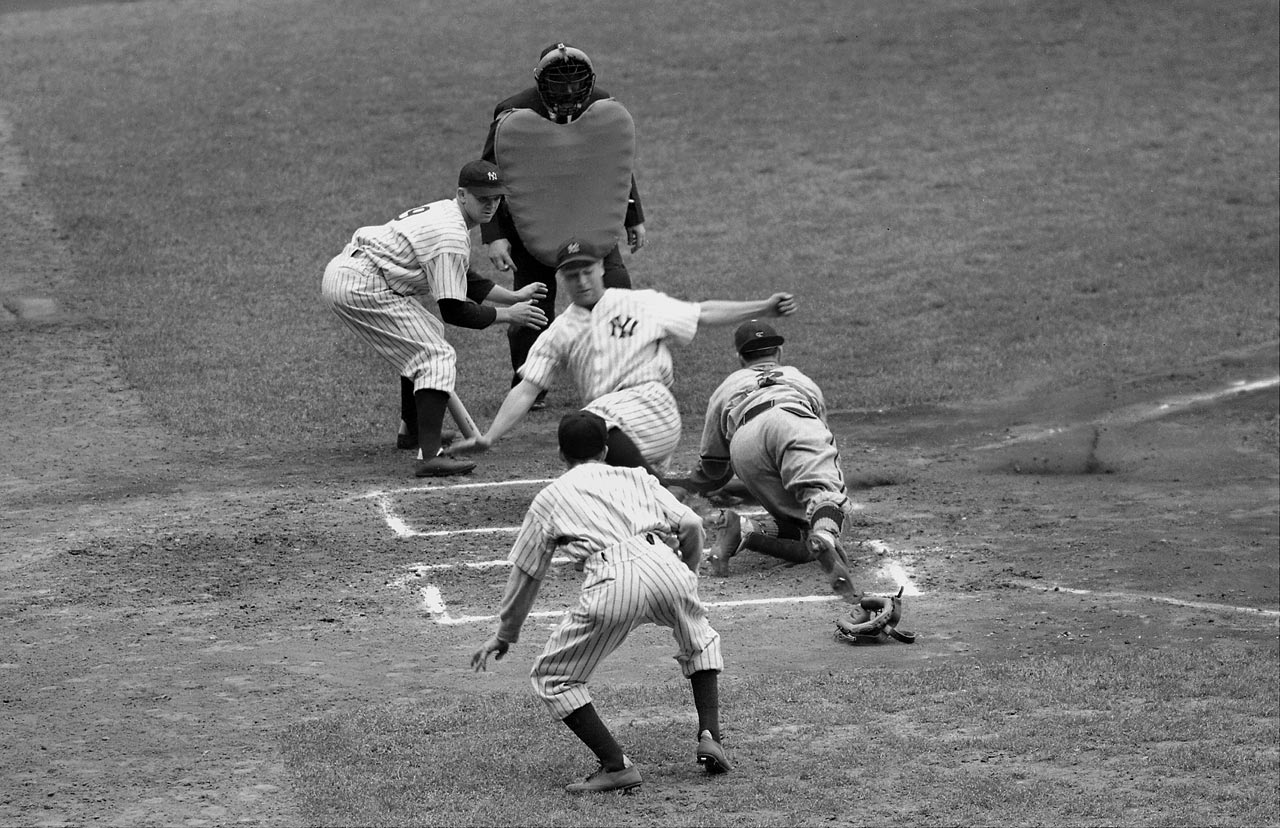 In a 5-1 Yankees victory over the St. Louis Browns on May 3, 1938, Lou Gehrig steals home.