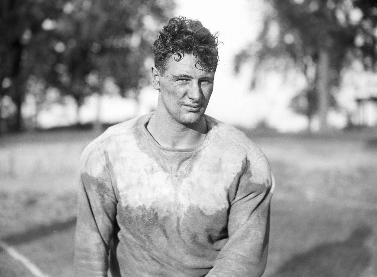 Lou Gehrig played fullback at Columbia during the 1922 season.