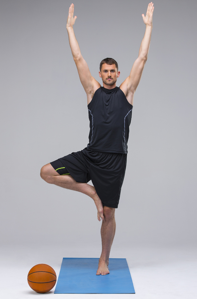 Cleveland S Kevin Love Finding Yoga Helpful On And Off The