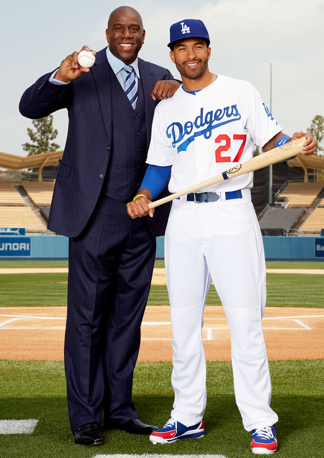 Former Los Angeles Dodgers owner Frank McCourt announced an agreement on March 27, 2012, to sell the bankrupt team for $2 billion to a group that included former Lakers star Magic Johnson.