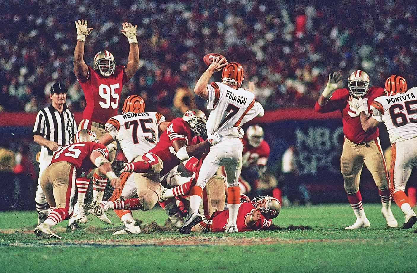 Michael Carter attempts to pull down Cincinnati quarterback Boomer Esiason in Super Bowl XXIII in January 1989.