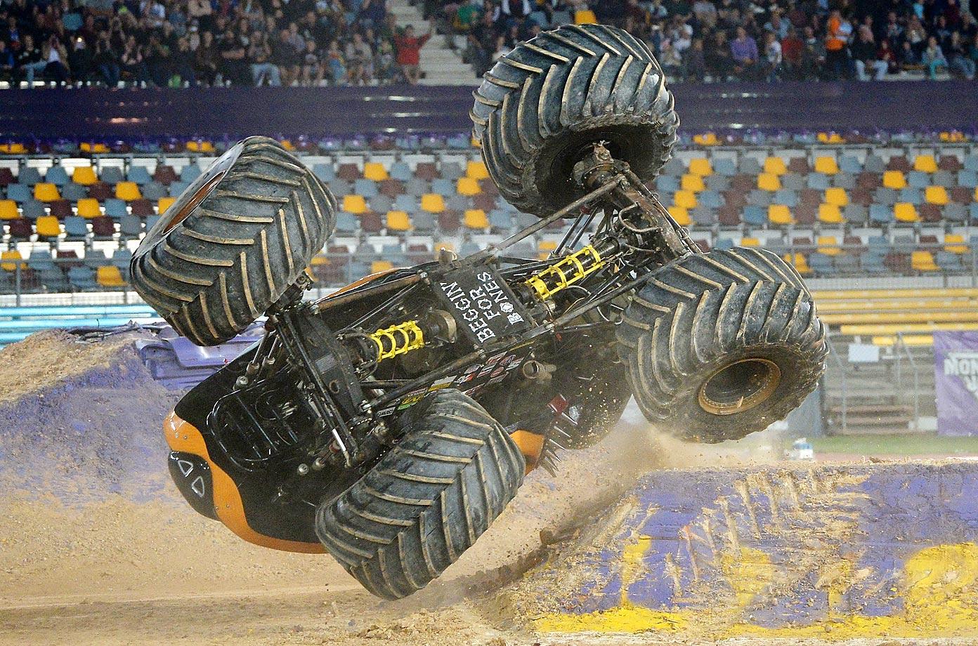 Colt Stephens driving Monster Mutt Rottweiler crashes during Monster Jam.