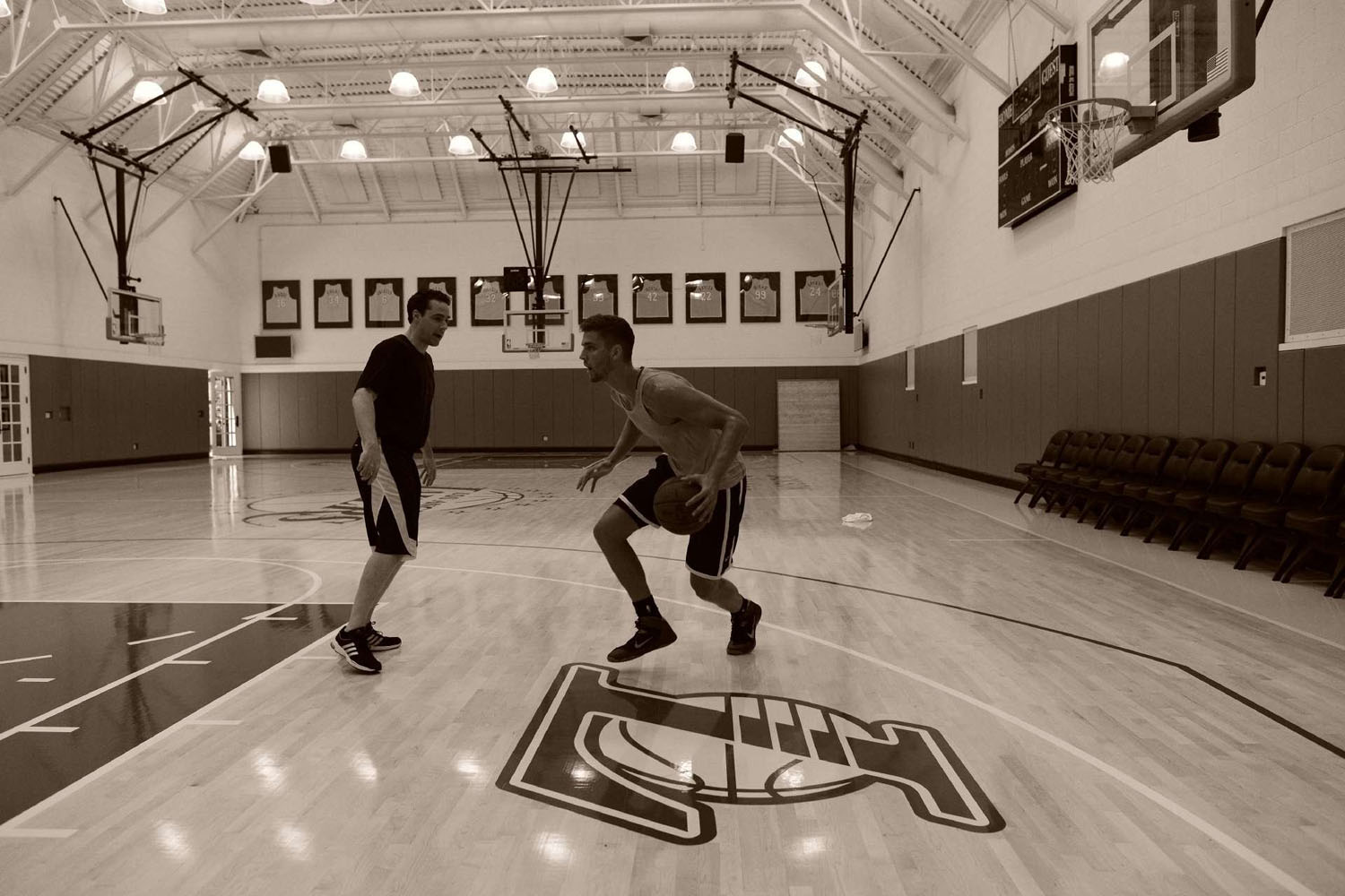 Chandler Parsons working out with NBA trainer Rob McClanaghan in Los Angeles.