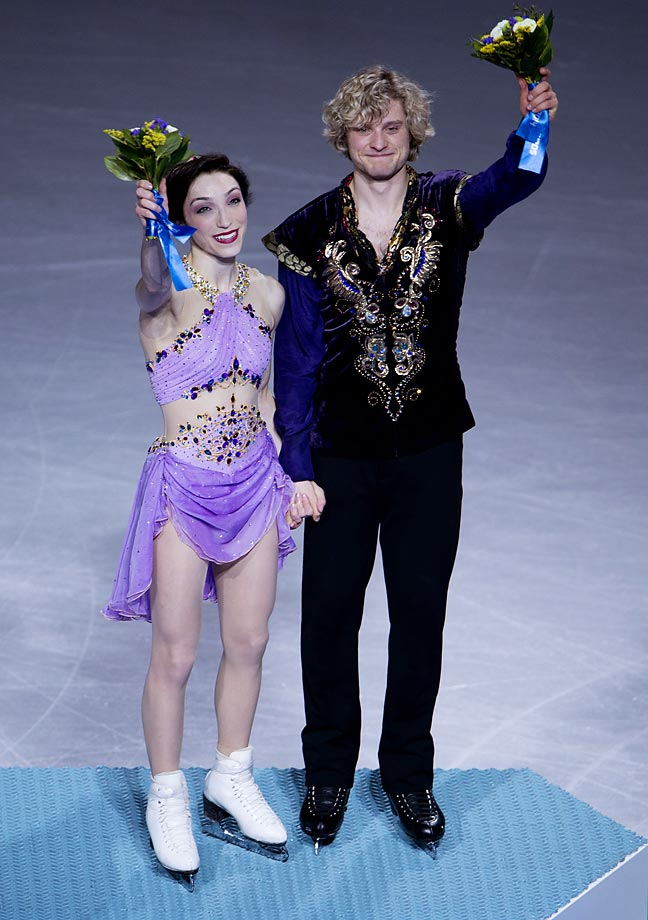 The duo scored 116.63 points in the free dance to finish with 195.52, 4.53 ahead of silver medalists Tessa Virtue and Scott Moir of Canada.