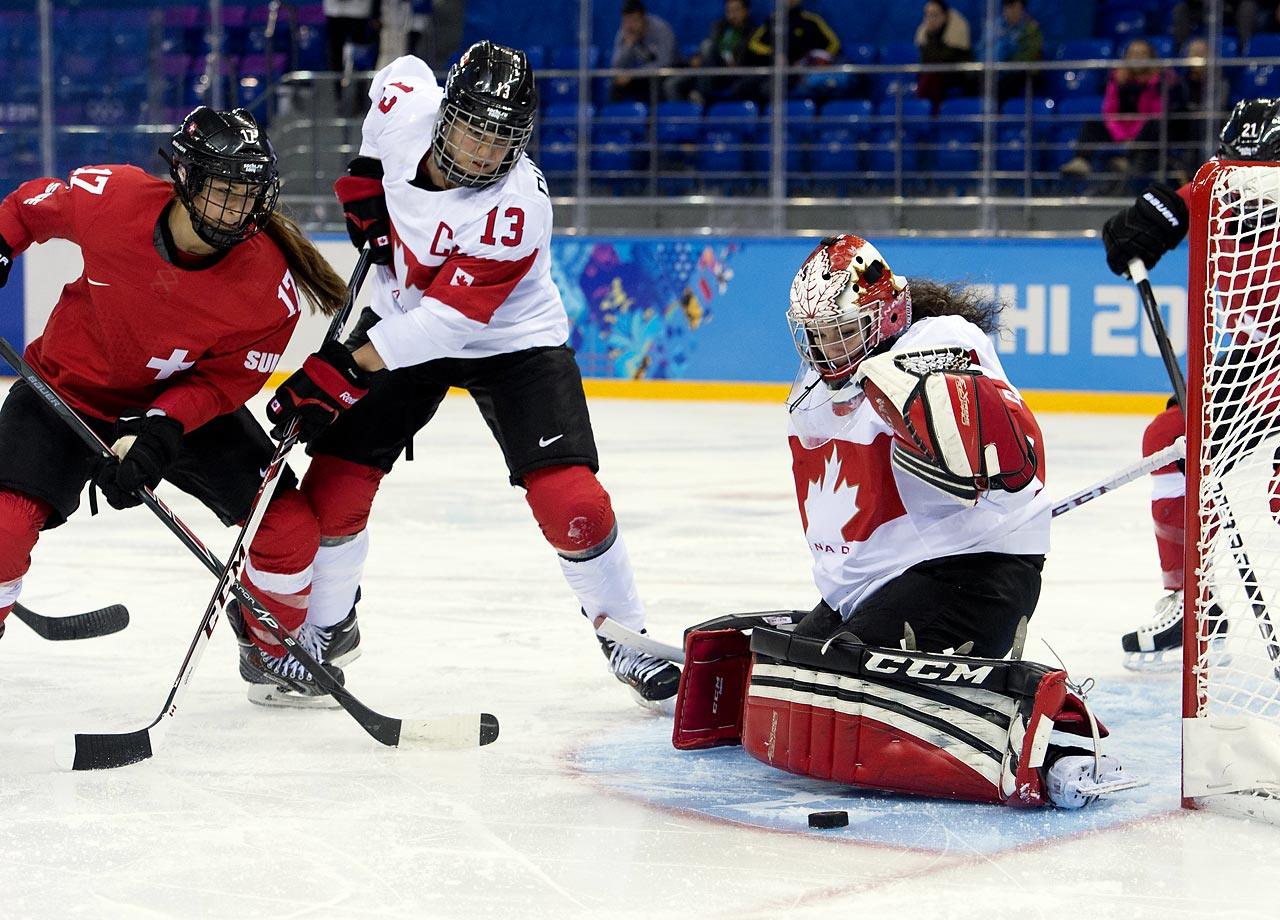 Shannon Szabados makes one of her 23 stops.
