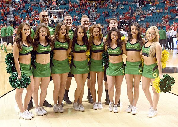 The Marshall Cheerleaders   Ron Pradetto Photography
