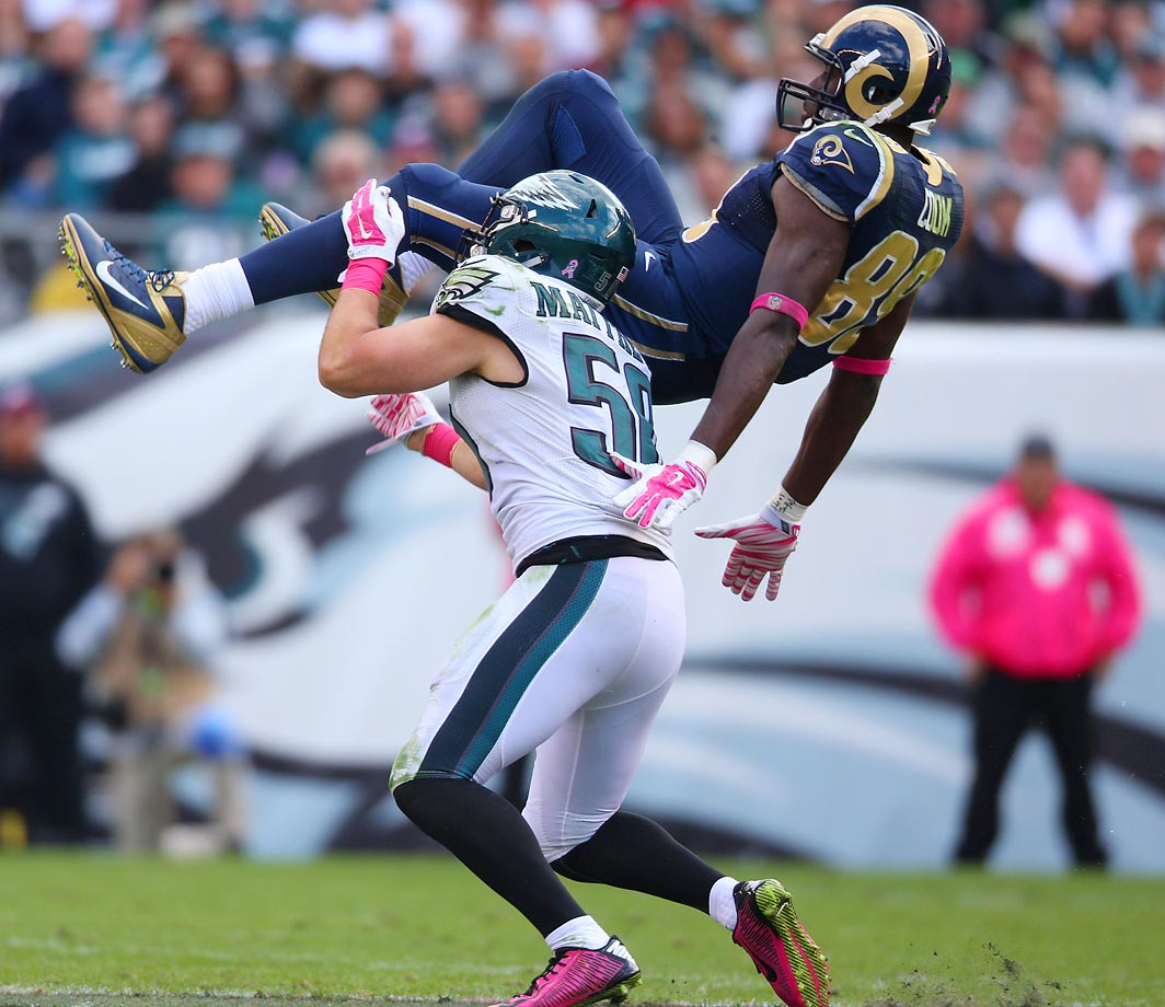 Eagles linebacker Casey Matthews brings down Rams tight end Jared Cook during the Eagles' 34-28 win.