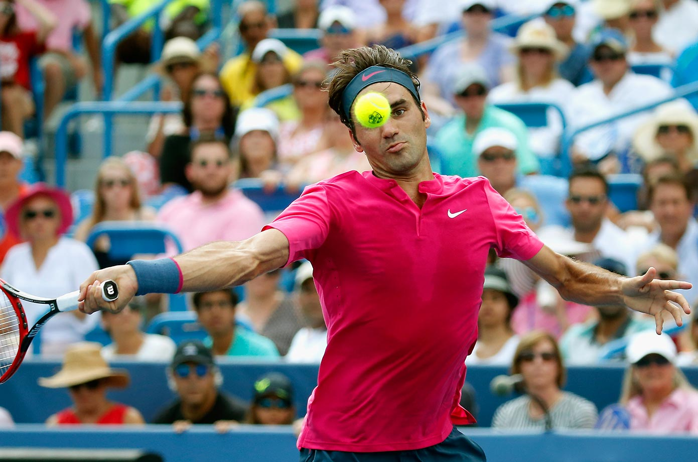 Roger Federer plays Novak Djokovic in the finals of the Western & Southern Open in Cincinnati.