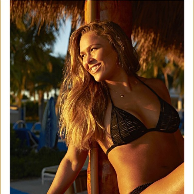 @si_swimsuit first shot of the day.... Can you tell its 6am and freezing?