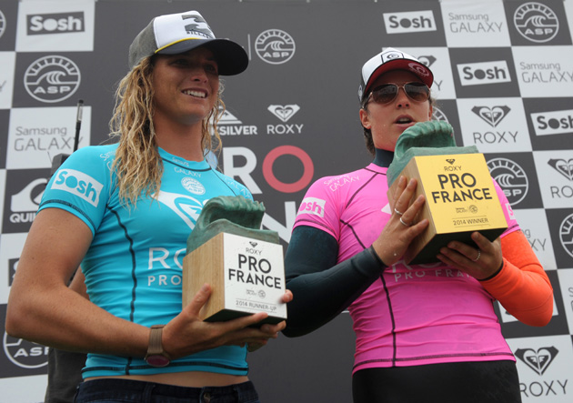 Courtney Conlongue (left) and Roxy Pro winner Tyler Wright pose on the podium after the final in Hossegor, France.