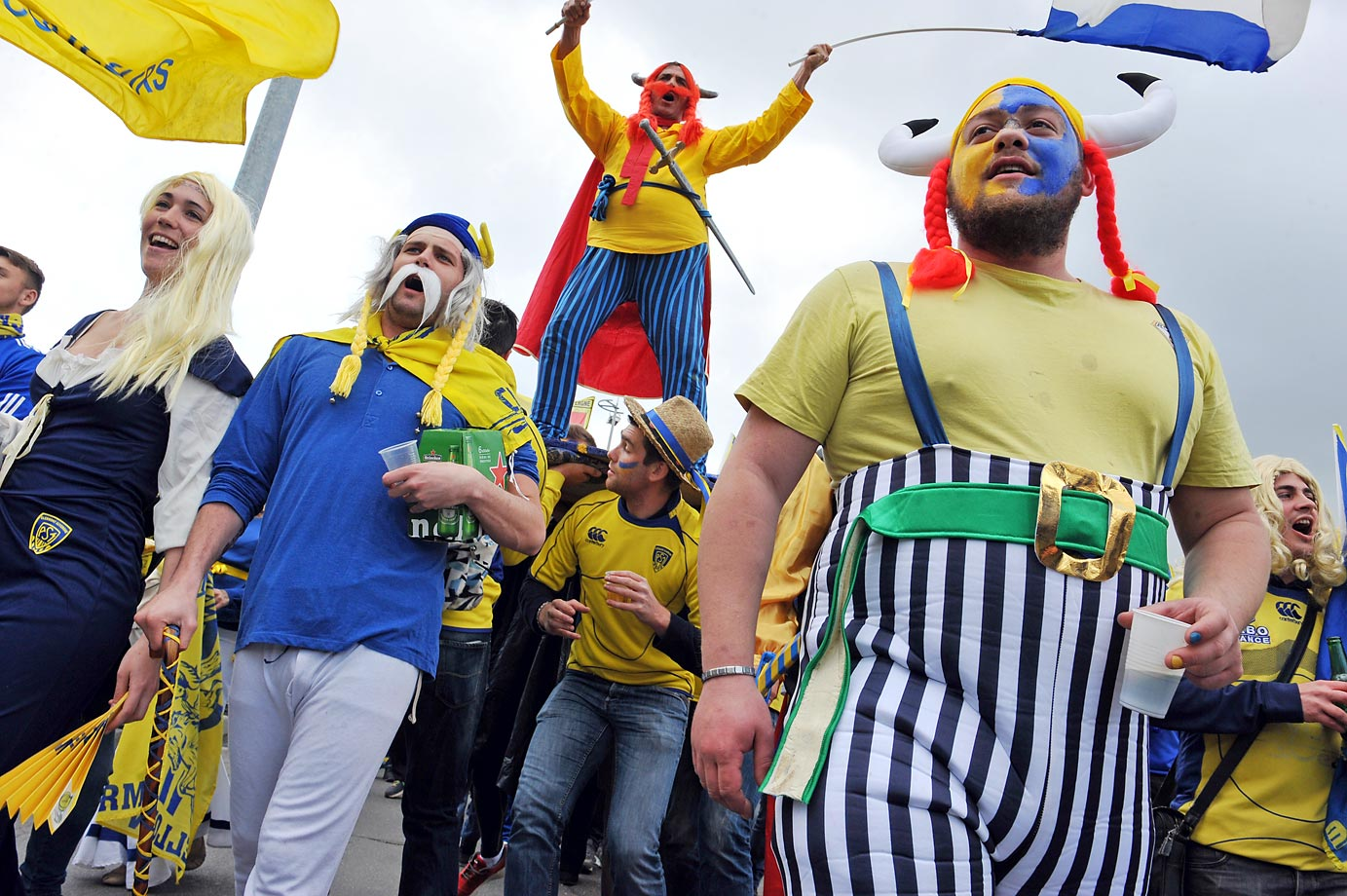 Clermont fans arrive to the stadium for the European Rugby Champions Cup semifinal match against the Saracens.