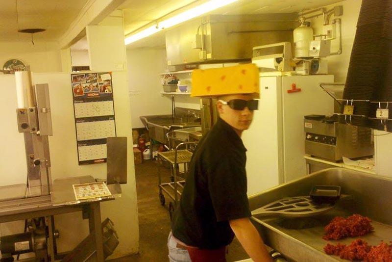 @SInow rocking my cheesehead while packing up Hamburger #myNFLFanStyle #GOPACKGO
