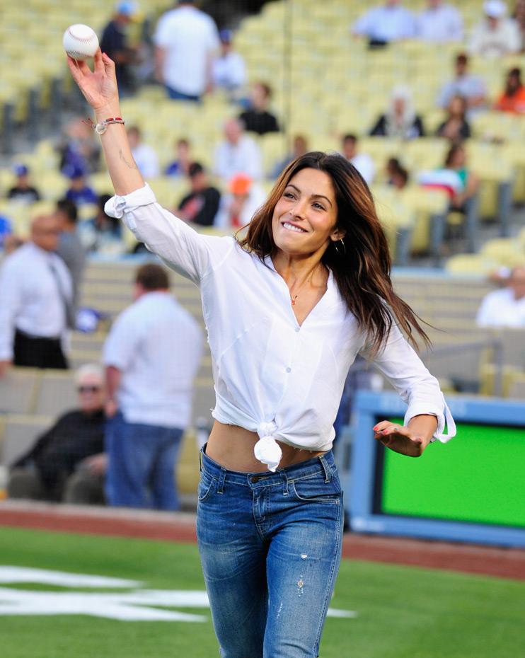 Sarah Shahi :: Getty Images