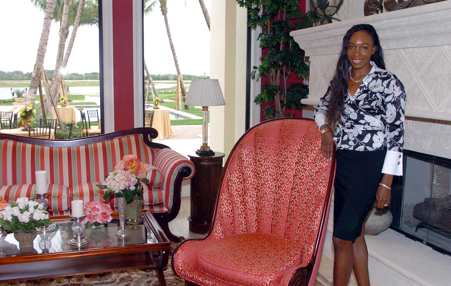 In 2002, Venus took her talents off the court to start her own interior design company, V Starr Interiors, based in Jupiter, Fla. Williams has said that once her tennis career ends she would like to focus on her design business.