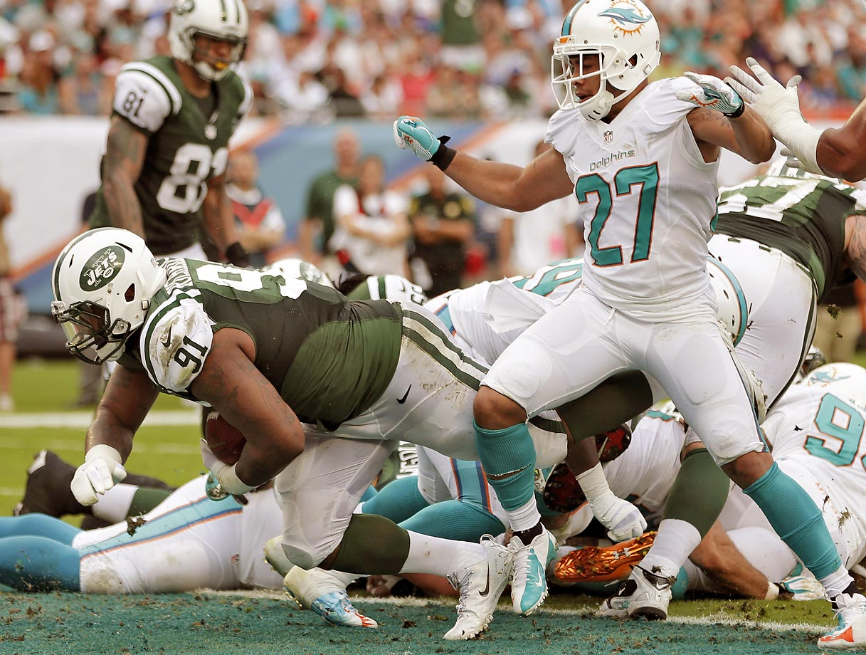 In his rookie season for the Jets in 2013, defensive tackle Sheldon Richardson ran for two touchdowns. He pushed his way in for a one-yard score against Carolina and duplicated the feat two weeks later against Miami.