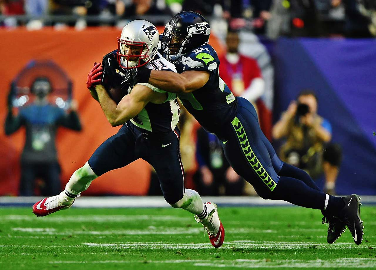 Julian Edelman and the Patriots hurt Seattle with quick, short catches and then yards after the catch.