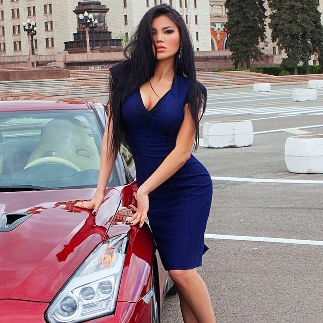Svetlana Bilyalova :: @bilyalova_sveta/Instagram