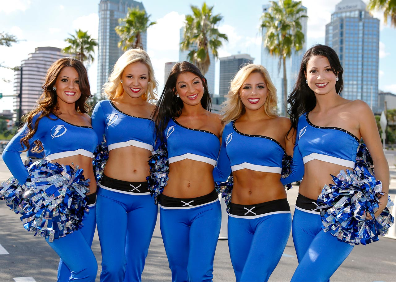 Lightning Girls