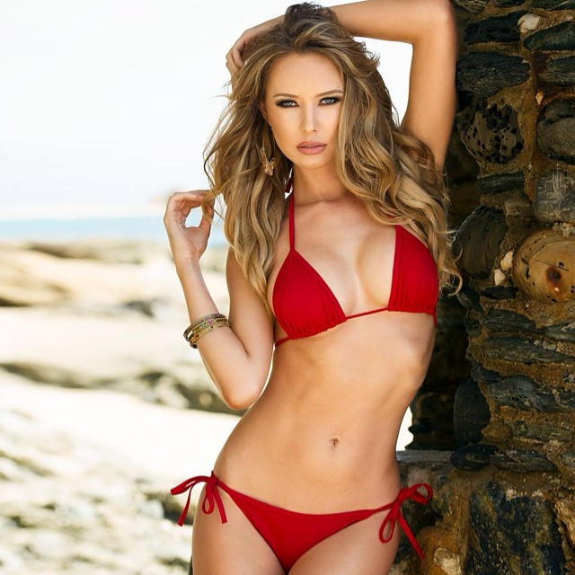 Tiffany Toth :: Facebook