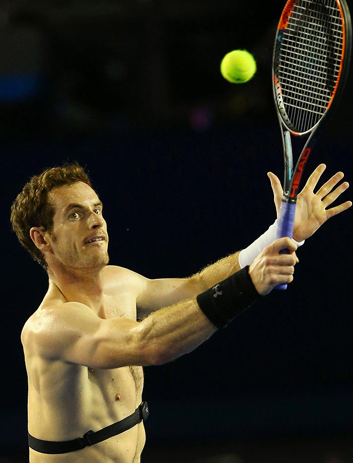 Andy Murray forgot his shirt during a practice session for the  Australian Open.