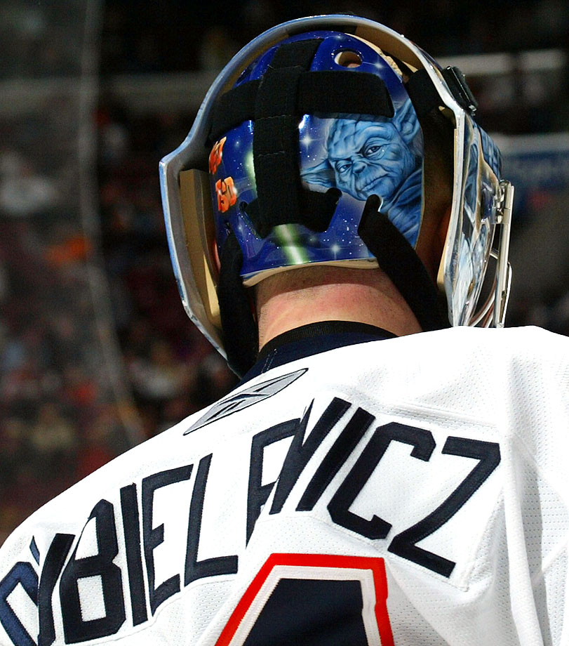 New York Islanders goalie Wade Dubielewicz donned a mask with Yoda on the back during the 2006-07 NHL season.