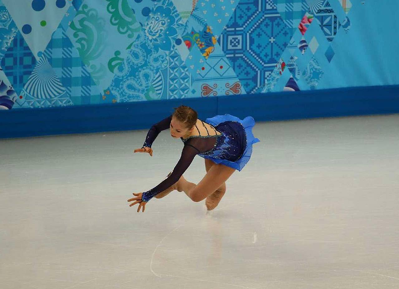 Yulia Lipnitskaya of Russia was expected to give Yuna Kim and others a run for the gold medal, but the 15-year-old lost points when she fell while doing a triple flip.