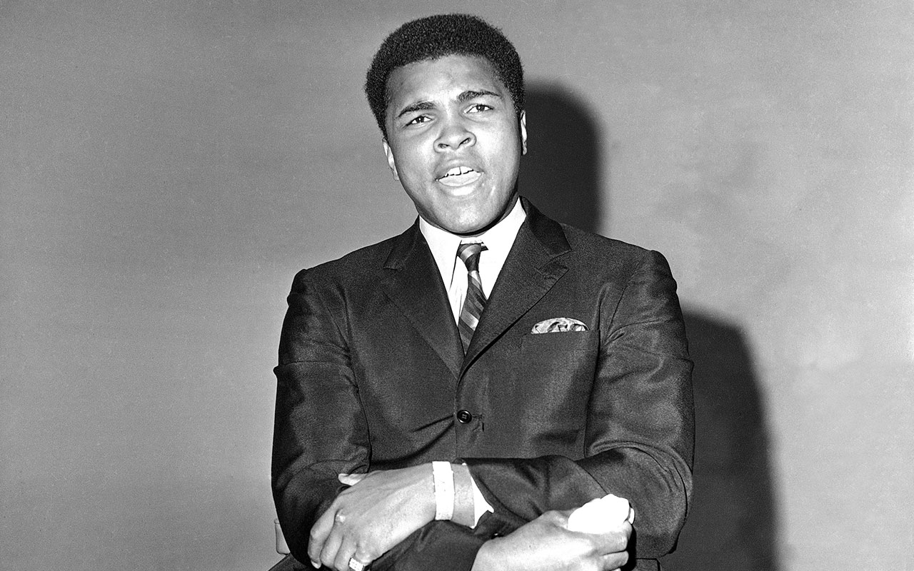 muhammad ali and the media Muhammad ali transcended boxing to become one of the most as he dazzled media and fans with his bravado and predicted the round when muhammad met malcolm.